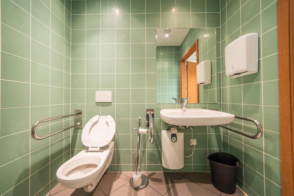 green eco-friendly washroom